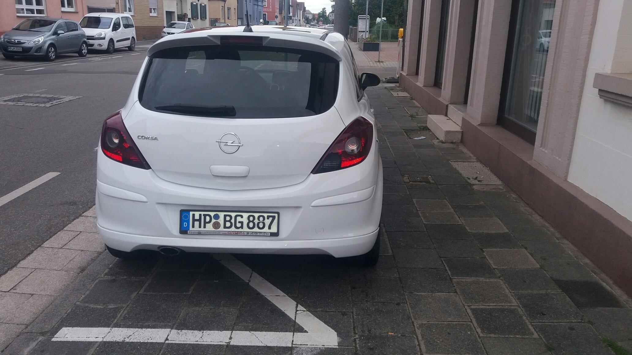 Opel Corsa D OPC Line